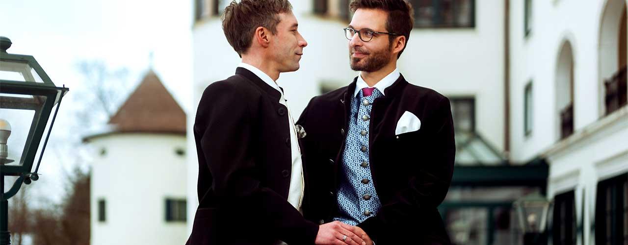 gaypaar-honeymoon_L